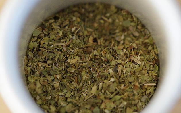 dried herbs oregano