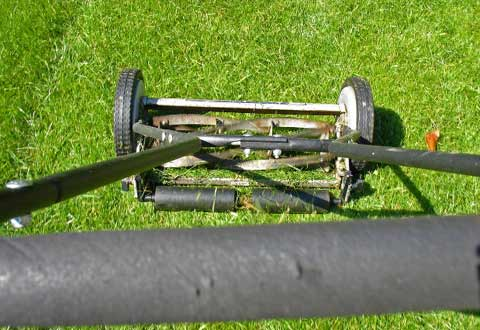 Things to know about reel lawn mowers